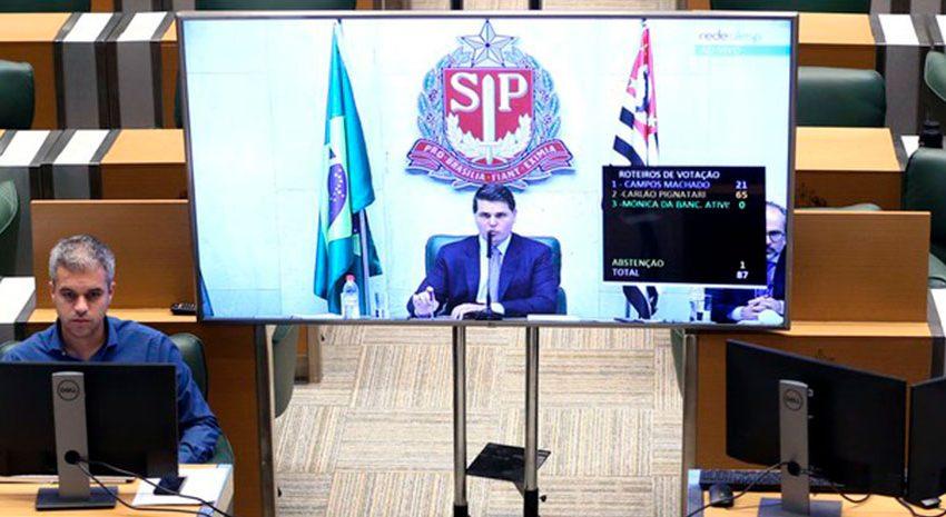 Alesp aprova projeto que prevê redução nos salários de deputados